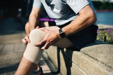 Treatment of knee injuries and knee pain from office work