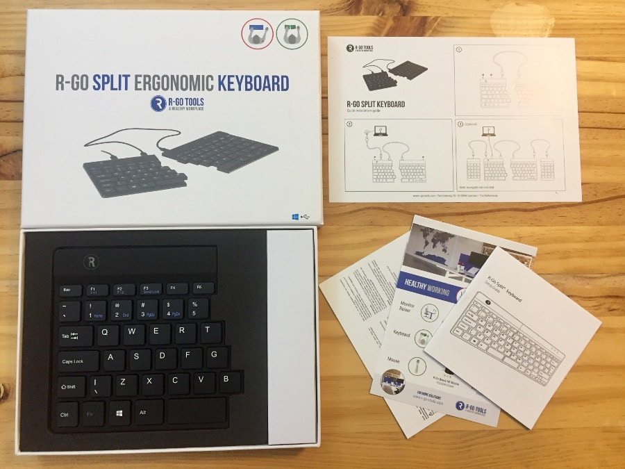 R-Go Tools Split keyboard inside the box